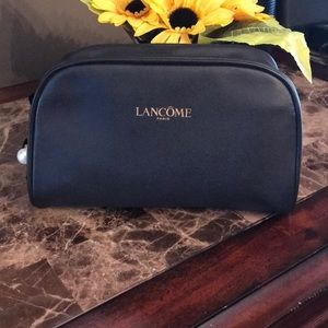 💕New! Lancôme Black makeup bag.